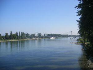 Le rhin, fleuve français allemand